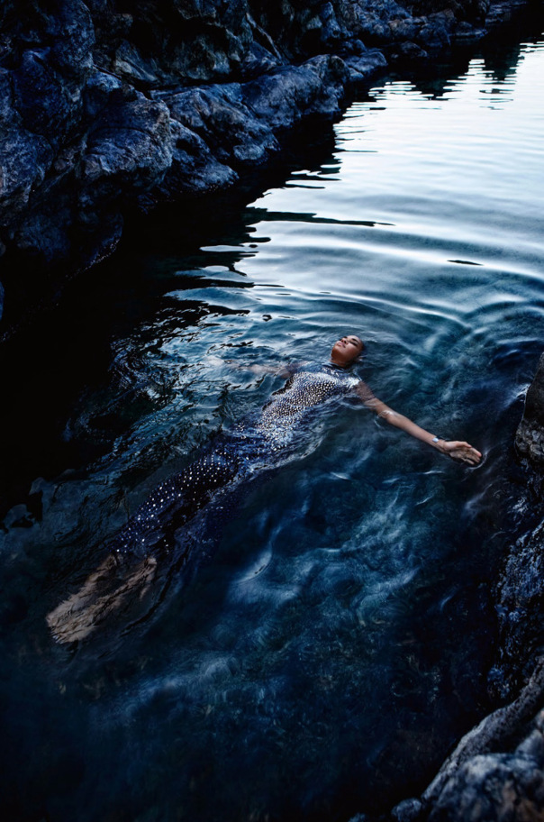 Joan-Smalls-For-Vogue-Italia-May-2014-By-Sølve-Sundsbø-10