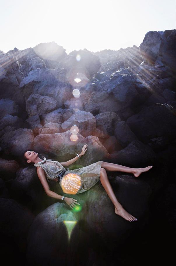 Joan-Smalls-For-Vogue-Italia-May-2014-By-Sølve-Sundsbø-12