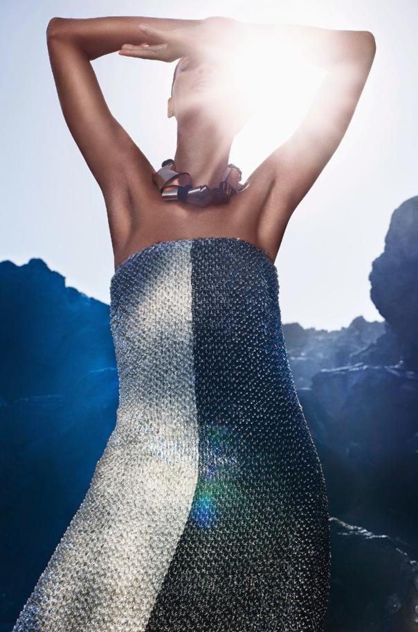 Joan-Smalls-For-Vogue-Italia-May-2014-By-Sølve-Sundsbø-2
