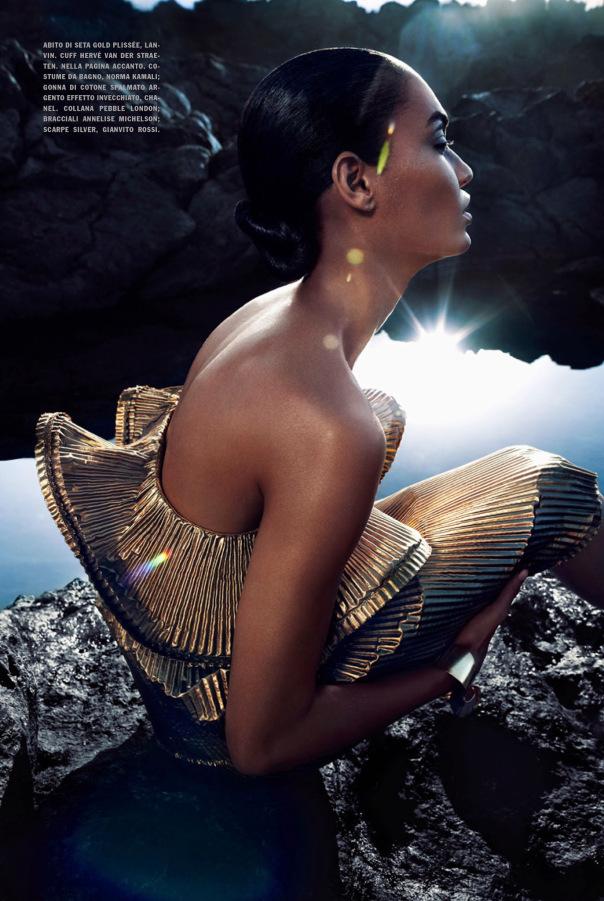 Joan-Smalls-For-Vogue-Italia-May-2014-By-Sølve-Sundsbø-8