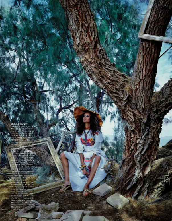 Malaika-Firth-for-Vogue-Japan-July-2014-by-Emma-Summerton-8